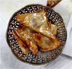 Briwats – marokańskie trójkąty z migdałami i miodem