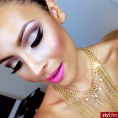 pretty makeup with bling