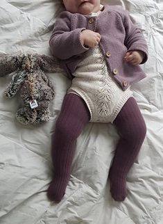Cute Baby Girl, Cute Babies, Baby Couch, Baby Kids Clothes, Stylish Kids, Baby Girl Fashion, Kids Wear, Leg Warmers, Cable Knit