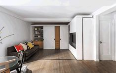 Houzz Tour: Watch a Sliding Wall Turn a Living Space Into 5 Rooms. This is pretty crazy as far as small living space goes....