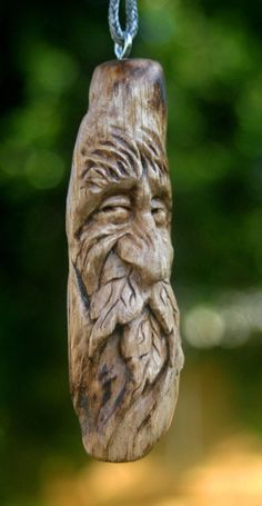 Carved Wood Green Man Carving Gift Ornament Key Chain Talisman Pendant Jewelry Bead Necklace Zipper Fan Pull Phone Fob Leaves Old Man Face