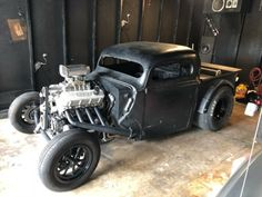 1940 Ford pickup project on a custom frame is for. Rat Rod Cars, Hot Rod Trucks, Rat Hod, Old Chevy Pickups, Rat Rod Pickup, Gas Monkey, Us Cars, Drag Cars, Car Shop