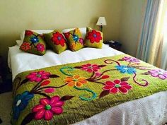 Hand Embroidery New Design bed sheet Collection, Beautiful Double Bed sheet with pillow covers 2019 Hand Embroidery Designs, Embroidery Stitches, Floral Bedspread, Double Bed Sheets, Mexican Embroidery, Bed Covers, Pillow Covers, Bed Design, Bed Spreads
