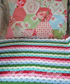 <3 Afghan/Pillow. No Pattern.  shabby-roses-cottage.blogspot.com