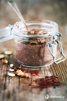 There's plenty of chocolate goodness in this cleansing chia pudding, and it's a great way to start the day. With fiber and essential fatty acids in chia, and antioxidants in raw cacao it's an excellent detox meal.
