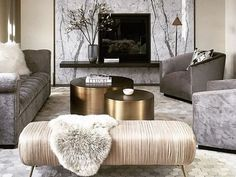 Contrary to what people believe, contemporary decoration is not the same as modern decorating ideas. Though there could be elements of the modern theme in the contemporary theme, it definitely is not the same.
