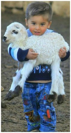 So cute! Animals For Kids, Animals And Pets, Baby Animals, Cute Animals, Precious Children, Beautiful Children, Beautiful Babies, Beautiful Creatures, Animals Beautiful