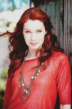 Felicia Day Gorgeous Eyes, Beautiful One, Janet Varney, Felicia Day, Shades Of Red Hair, Female Images, Lady Images, S Girls, Girl Crushes