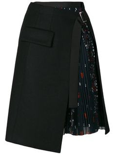Asymmetric skirt. Cool!  Not sure if it's something that would look good on me, but I like it!