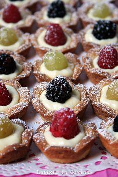 Mini crostatine di frutta fresca