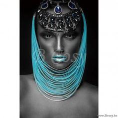 XX-PR Interiors Glass Art Glazen Kader glaspaneel XIII dame-vrouw met blauwe lippen en kettingen 120x80