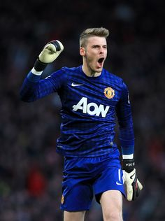 David De Gea, Man UTD - He's big, he's brave, he's Spanish Dave - Get this lad signed up for life Football Soccer, Football Players, Bobby Charlton, Manchester United Players, Fc 1, Premier League Champions, Most Popular Sports, English Premier League, Man United
