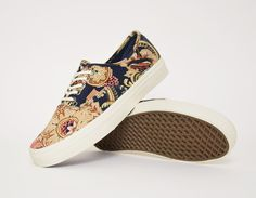 18f455cfa43f  Vans Authentic CA Royal Paisley  sneakers Vans Authentic