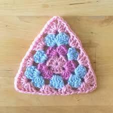 Resultado de imagen para granny triangle pattern