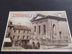 https://www.ebay.co.uk/itm/OLD-POSTCARD-OF-THE-TOWN-HALL-CHIPPING-NORTON-OXFORDSHIRE/183167461426?hash=item2aa5a1a832:g:OocAAOSwaeRZFwi0