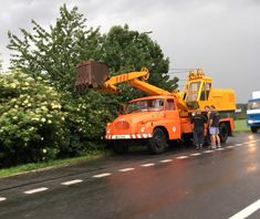 Tow Truck, Heavy Equipment, Cars And Motorcycles, Cool Cars, Monster Trucks, Vehicles, Construction, History, Trucks
