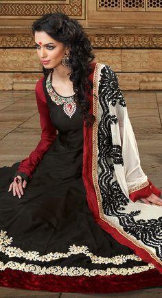 Alluring Black Salwar Kameez