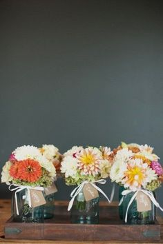 bridesmaid flower holder