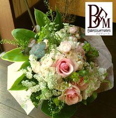 花ギフトのプレゼント【BFM】 淡いピンクでほんわか そんな花束です。