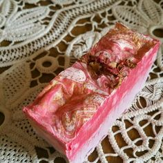 A charming little bar with a very natural rose smell and some rose petals on top Little Rose, Rose Soap, Rose Petals, Etsy, Bar, Natural, Design, Craft Gifts, Handmade
