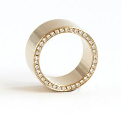 Bespoke Wedding Ring by Kate McCoy #BespokeEngagementRings #BespokeWeddingRings #Milestone #Lifestyle
