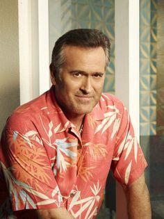 BURN NOTICE Season 7 Cast Photos - Bruce Campbell as Sam Axe