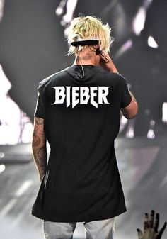 Recording artist Justin Bieber performs at the 2016 Purpose World. - LOS ANGELES, CA – MARCH Recording artist Justin Bieber performs at the 2016 Purpose World To - Justin Bieber Wallpaper, Justin Bieber Photos, Justin Bieber Shirts, Justin Bieber Style, Justin Bieber Lockscreen, Justin Photos, Pose, My Boyfriend, Grooms