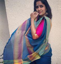Beautiful Girl In India, Beautiful Girl Image, Beautiful Saree, Beautiful Women, Indian Long Hair Braid, Braids For Long Hair, Beautiful Bollywood Actress, Beautiful Indian Actress, Muslim Wedding Photos