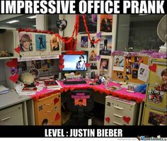 11 BURST Out LAUGHING Office PRANKS!!!!