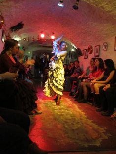 Flamenco en Granada-  Bailaré con ella cuando estoy en Granada!