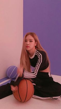 Find images and videos about kpop, korean and rose on We Heart It - the app to get lost in what you love. K Pop, Black Pink, Purple, Foto Rose, Rose Park, Blackpink Photos, Blackpink Fashion, Fashion Styles, Park Chaeyoung