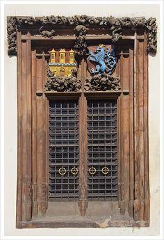Window of The House of the Furrier Mikeš, Prague, Czechia Prague Old Town, Old Town Square, Door Gate, Beautiful Lines, Czech Republic, Prague Czech, Renaissance, Facade, Medieval