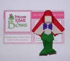 Items similar to Mermaid Hair Clip (Ribbon Sculpture) - Red Hair, Green Fin Purple Top on Etsy Bow Hair Clips, Hair Bows, Little Mermaid Hair, Felt Hair Accessories, Mermaid Diy, Fun Arts And Crafts, Ribbon Sculpture, Boutique Bows, Ribbon Crafts