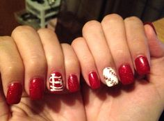 love my cardinals nails!