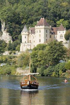La Rogue-Gagea on the Dordogne River, France