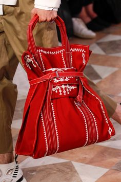 6209a9e317 See all the Details photos from Valentino Spring Summer 2018 Menswear now  on British Vogue