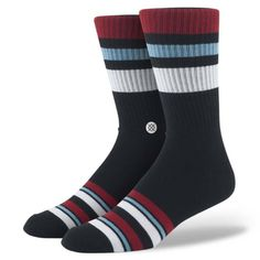 Life is about knowing when to rally and when to kick back. Luckily, Stance's Carlton can handle it all. Your feet will appreciate the Carlton's plush combed cotton and reinforced heel and toe. And rel