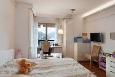 Κυριακή στο σπίτι: Καθαρό σπίτι με 20 λεπτά την ημέρα για 30 ημέρες! Room Decor, Cleaning, Curtains, Bed, House, Furniture, Trapillo, Diy Room Decor, Blinds