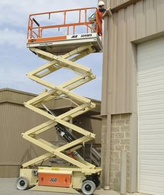 MODEL 2646 26' ft Platform Height Scissor Lift Rental 32' ft Working Height This electric scissor lift can carry double the work load of smaller scissor lifts. With a large platform allowing multiple people to work at once. #ScissorLift #rentals #DiscountLiftRentals http://www.discountmanliftrentals.com/scissor-lift-rental.html