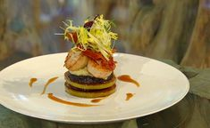 James+Martin+scallops+with+apple+and+black+pudding++recipe+on+Saturday+Kitchen