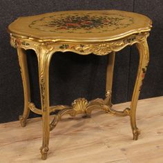 890€ Venetian coffee table in gilded, lacquered and painted wood. Visit our website www.parino.it #antiques #antiquariato #furniture #antiquities #antiquario #coffeetable #marble #table #tavolo #golden #gold #decorative #interiordesign #homedecoration #antiqueshop #antiquestore