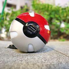Pokemon Go Pokeball Quick phone Charger 10000 Mah