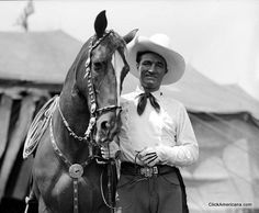 A lot is known about the actors who starred in old Western films, but what about the horses? The movies would not have been the same without the famous horses. Horse Star, My Horse, Western Film, Western Movies, Pretty Horses, Beautiful Horses, Horse Movies, Tv Westerns, Thing 1