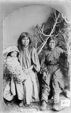 Chiricahua Apache Women POWs (April 1886)