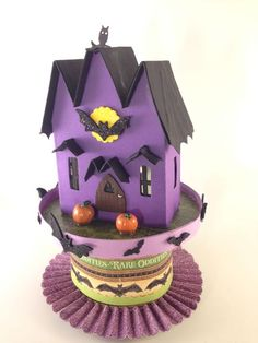 More Halloween Houses now with bases - Paper Glitter Glue Halloween Village, Halloween House, Halloween Crafts, Halloween Ideas, Glitter Timberlands, Glitter Grout, Glitter Iphone 6 Case, Glitter Wine, Glitter Bomb