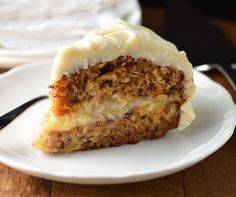 Carrot Cake with creamy pineapple filling and cream cheese frosting - Friday_Cake_Night Carrot Cake With Pineapple, Best Carrot Cake, Carrot Cakes, Pineapple Frosting, Just Desserts, Delicious Desserts, Yummy Food, Sweet Desserts, Sweet Recipes