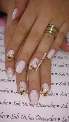 5 Unavoidable Floral Nail Art for Short Nails : Take a look! Your short nail deserves some amazing nail art design and Color. So, regarding that, we have gathered some lovely Floral Nail Art for Short Nail suggestions only for you. Gel Uv Nails, Rose Nails, Flower Nails, Acrylic Nails, Stiletto Nails, Uv Gel, Fun Nails, Pretty Nails, Floral Nail Art