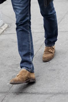 double monk brown suede shoes....someday i will own a pair Gentlemanský 1be64dc61f