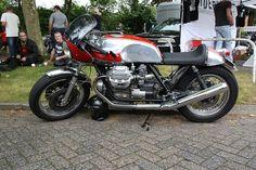 Moto Guzzi @  Cafe racer day Achterveld (NL)