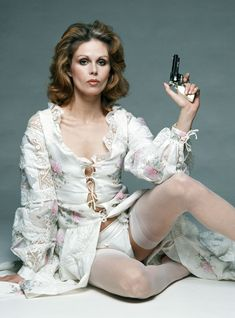 7 Reasons Joanna Lumley Is Totally Fab+#refinery29uk